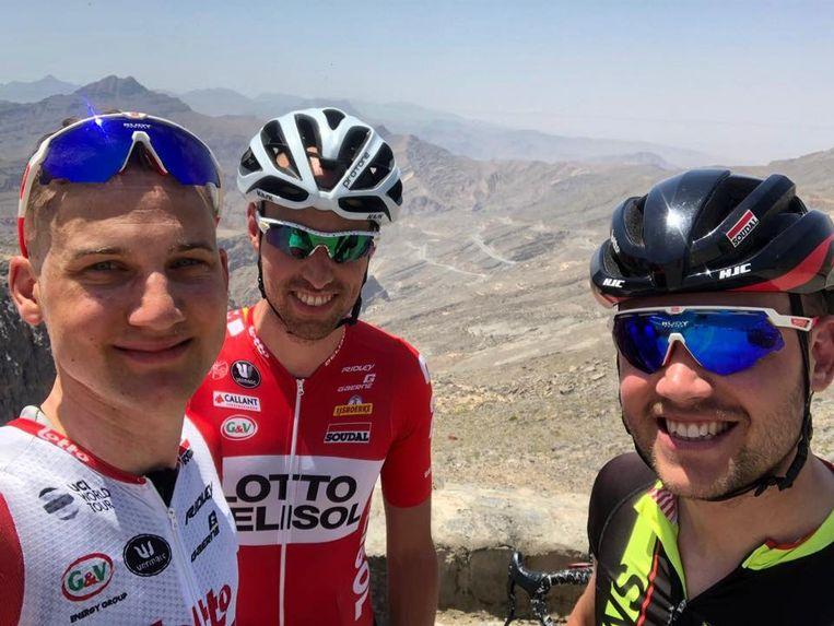 Tim Wellens in Dubai - met zijn neef Stefan Jame en zijn broer Yannick Wellens