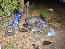 Scooterrijder gewond door aanrijding met auto in Volkel