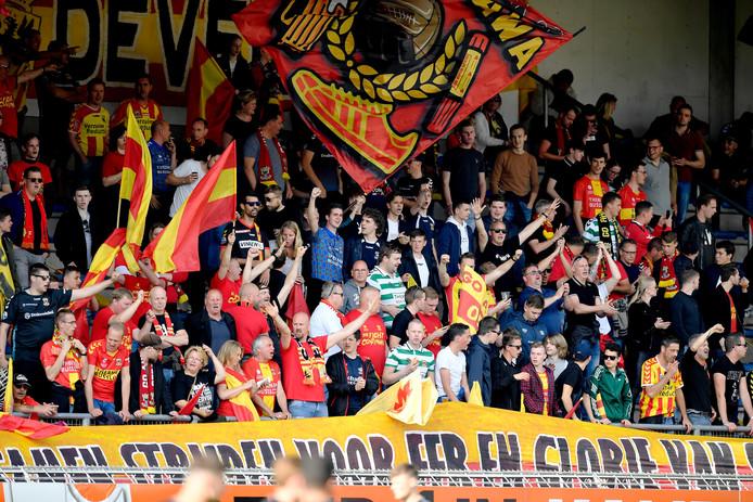 De supporters of Go Ahead Eagles zorgen ook komend seizoen weer voor een goed gevulde Adelaarshorst.