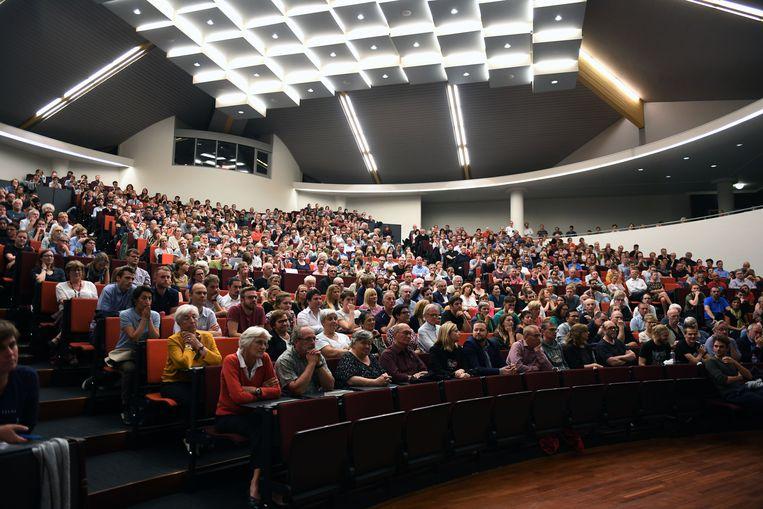 Aula PDS liep helemaal vol voor het laatste debat in Leuven.