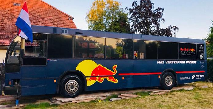 De 8-persoons bus waar het om draait.