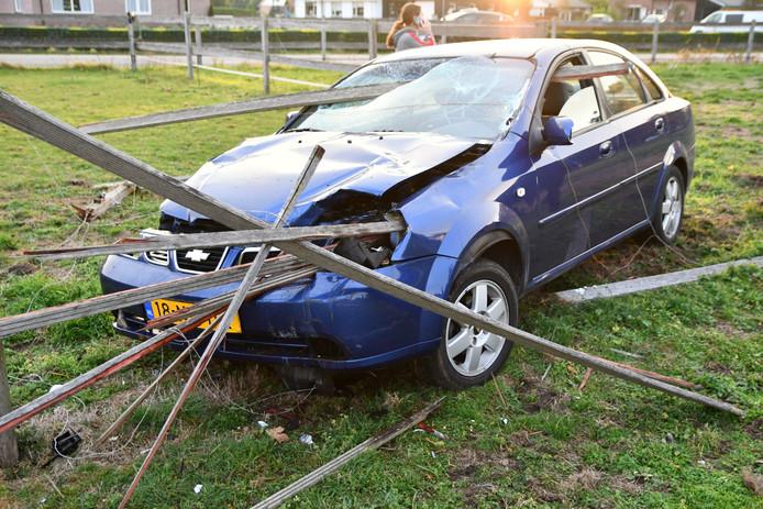 De schade aan de auto in Putten.