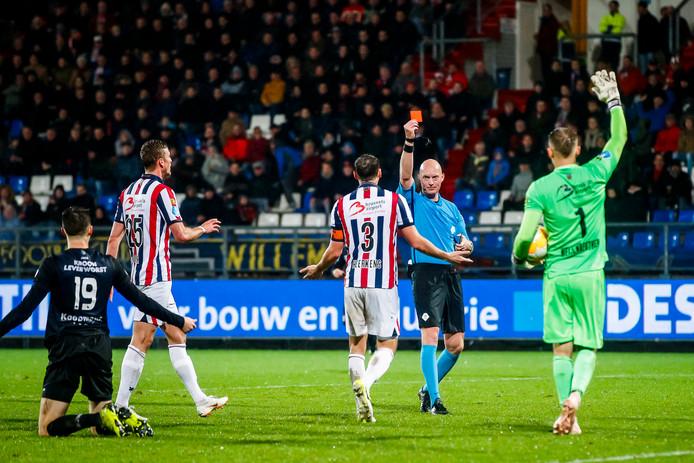 Freek Heerkens accepteert een schorsing van een wedstrijd.