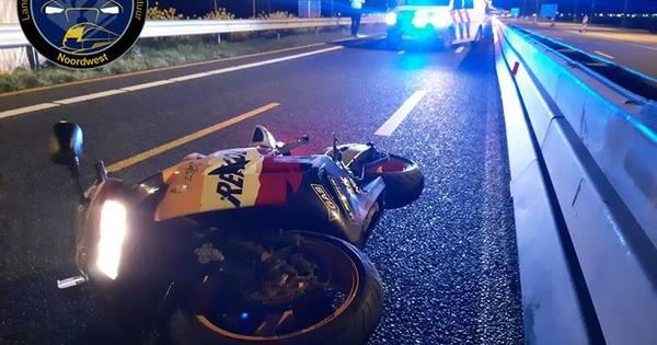 Twee ongelukken in één nacht op A6 bij Lelystad: zwaargewonde motorrijder en vluchtpoging via akker.