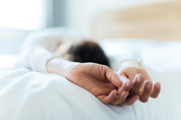 La paralysie du sommeil fait partie de la catégorie des troubles du sommeil, au même titre que le somnambulisme ou les terreurs nocturnes.