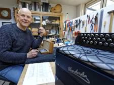 Boxtelaar Frans van der Aa bouwt accordeons voor grootsten der aarde: 'Een houten klankbodem is voor de Vogeltjesdans.'