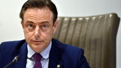 """De Wever: """"Knack heeft zich op niveau van boulevardblad gezet, en daar zal ik rekening mee houden"""""""