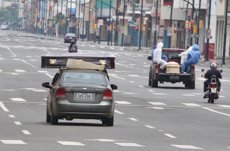 De Ecuadoraanse havenstad Guayaquil, midden april. Beeld Luis Perez / AP