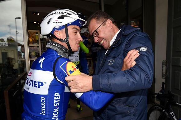 Wilfried Peeters hier vorig jaar met Alaphilippe voor Milaan-Sanremo.