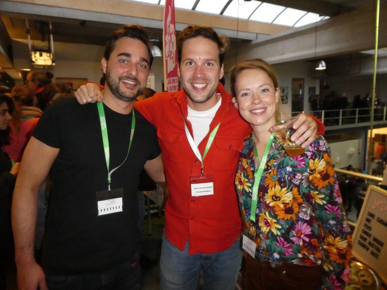 Team Kitchen Republic: Bas de Vries, Bart-Jan Veldhuizen en Emma Veldhuizen. 'We hebben elkaar in de keuken ontmoet en zijn nu getrouwd.' Aaahh Beeld Hans van der Beek