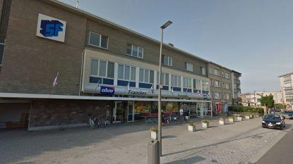 """Supermarkt Francken maakt na 56 jaar plaats voor Jumbo: """"Vader startte supermarkt tussen de koeien"""""""