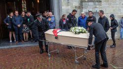 1.300 mensen nemen afscheid van Jarne Lemmens (15), de beloftevolle wielrenner die in zijn slaap overleed