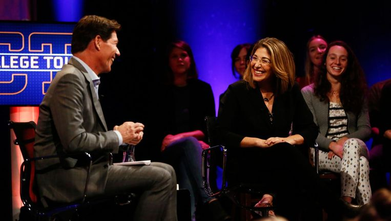 Naomi Klein is te gast in College Tour. Beeld Roy Borghouts