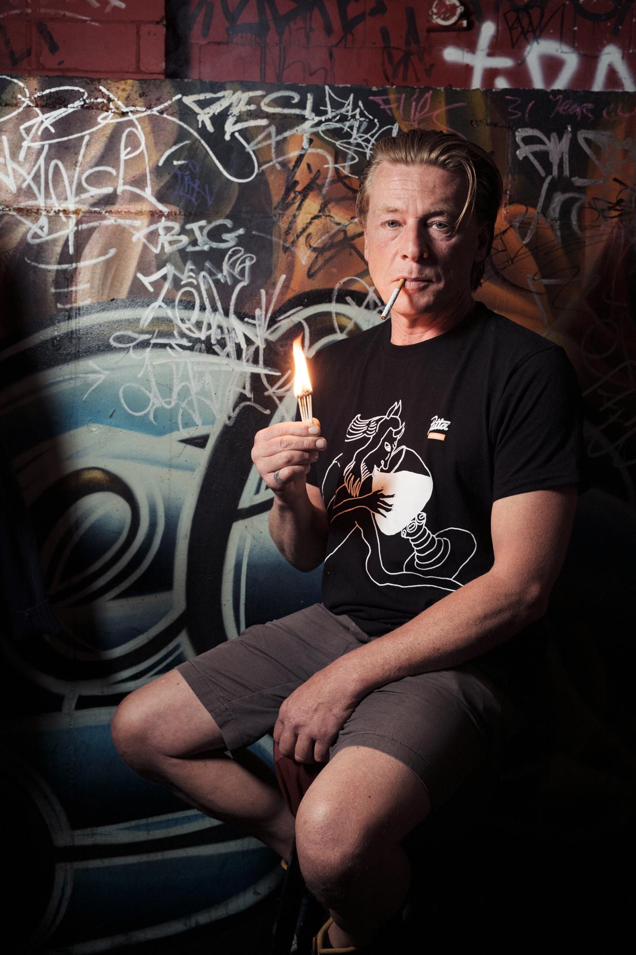 Eigenaar van café De Duivel:Daniel Eeuwens. Beeld Jakob Van Vliet