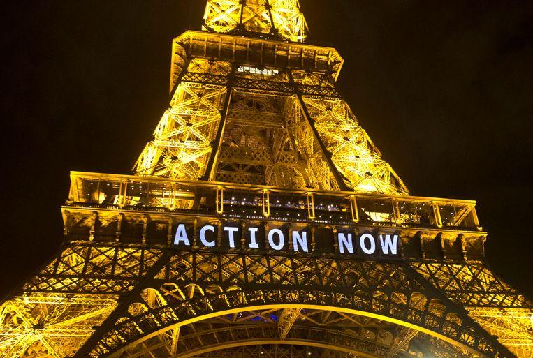 De Eiffeltoren in Parijs, gisteren. Beeld ap