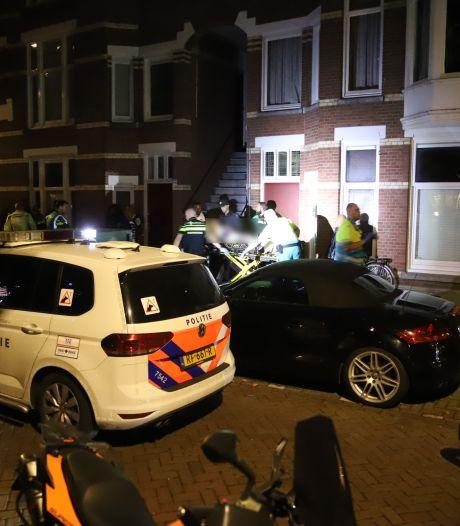 Man zwaargewond na steekpartij aan Schapenlaan, twee verdachten aangehouden
