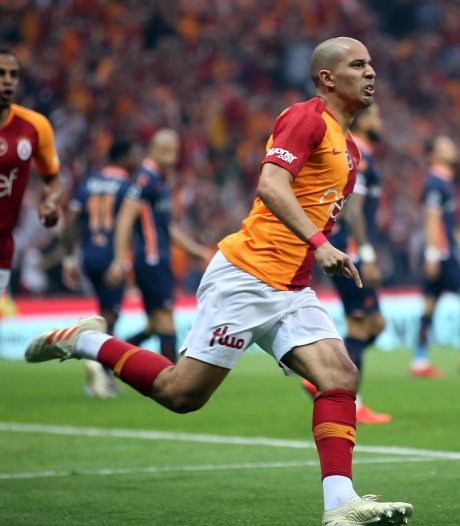 Galatasaray met bankzitter Bayram voor 22ste keer kampioen na zege op concurrent Basaksehir