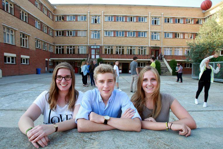 Ella, Jonathan en Anne-Sohie voelen zich goed in de privé-school.