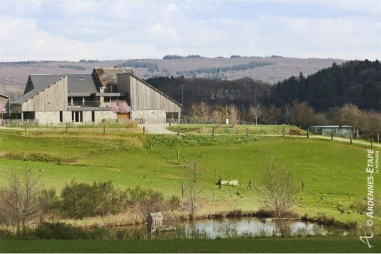 Luxe Villa in Marche-en-Famenne voor 22 personen