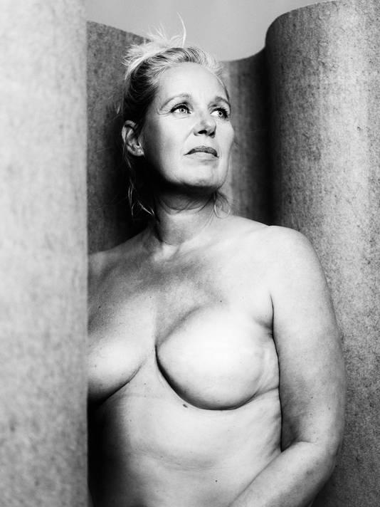 Vrouwen met borstkanker Borstkankermaand, door Jitske Schols. Voor magazine: Marjo Rodenburg