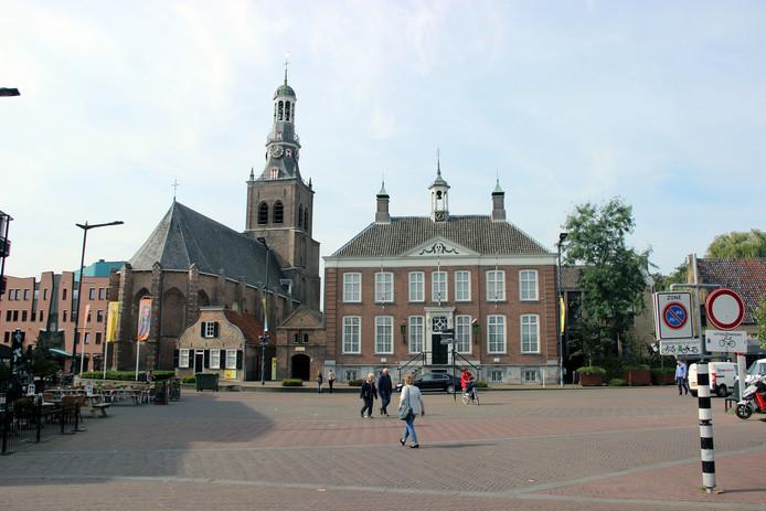 Van Goghkerk met oude stadshuis, Etten-Leur, stockbnds, stockadr