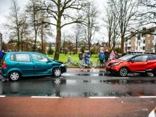 Botsing met vier auto's in Dieren