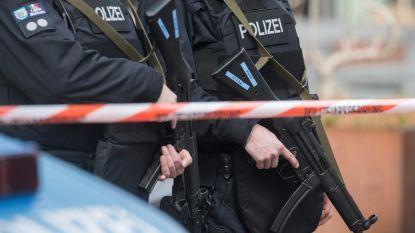 Duitse politie schiet man met mes dood