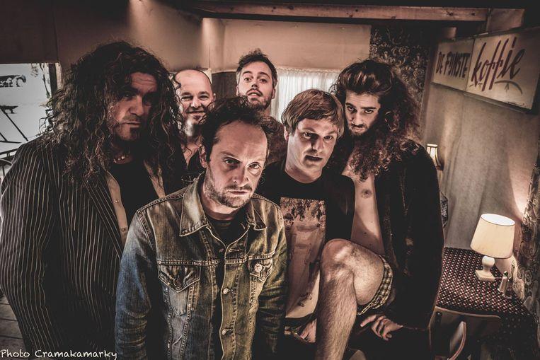 De zeskoppige rockgroep Gesman.