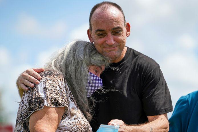 Robert DuBoise et sa mère.