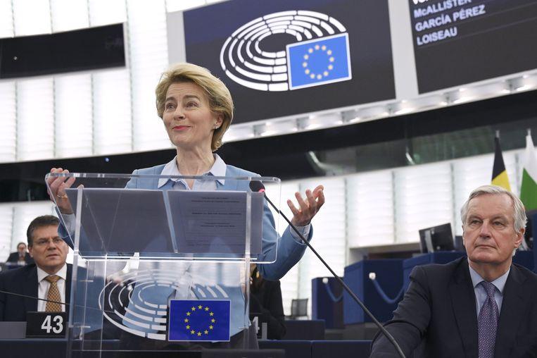 """Europees Commissievoorzitter Ursula von der Leyen was """"een beetje verrast"""" toen ze de Britse premier een lans hoorde breken voor een handelsakkoord met de EU naar Australisch model, zei ze vandaag."""