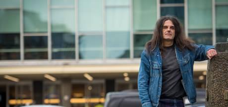 Pool vecht voor geruite rok: 'Ik raad alle mannen aan om een kilt te dragen'