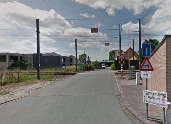 De overweg in de Heirweg-Zuid gaat dicht.