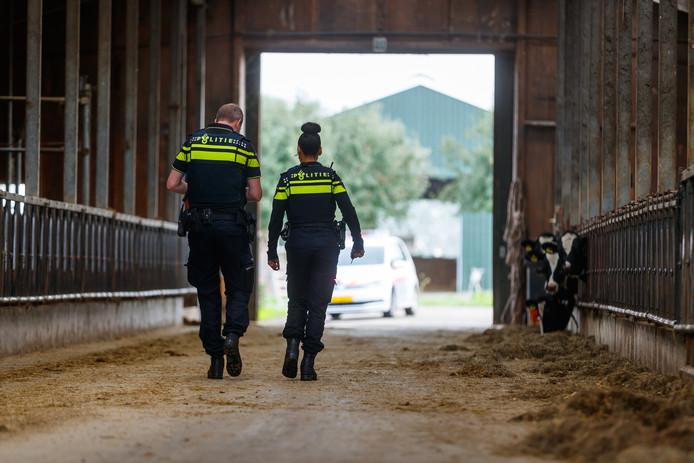 Politie bezoekt elders in Nederland agrariërs om ze te informeren over en vragen naar signalen van drugscriminaliteit.