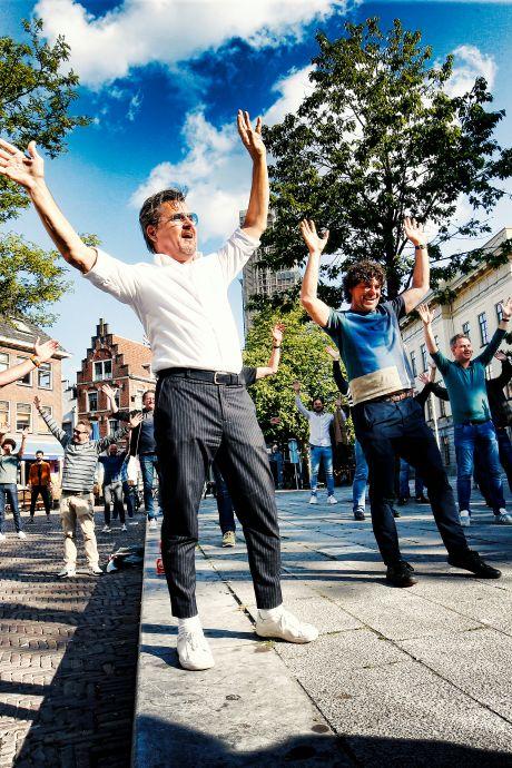 Daar is ie dan: het kippenvel-lied van Dennis van Aarssen en Utrechtse horeca