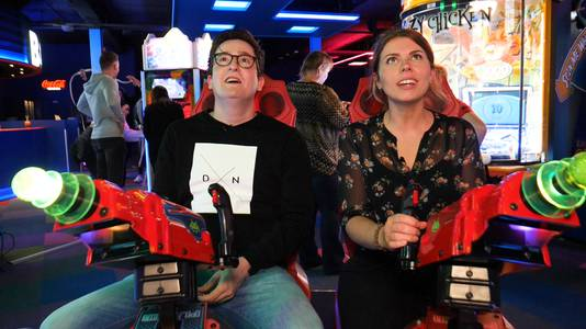 Verslaggevers Bjorn Weinreder en Jadrike Boels namen al een kijkje in The Game Box.