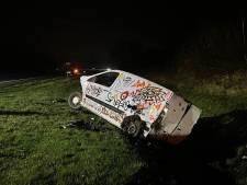 Twee gewonden bij ongeluk op A1 bij Deurningen