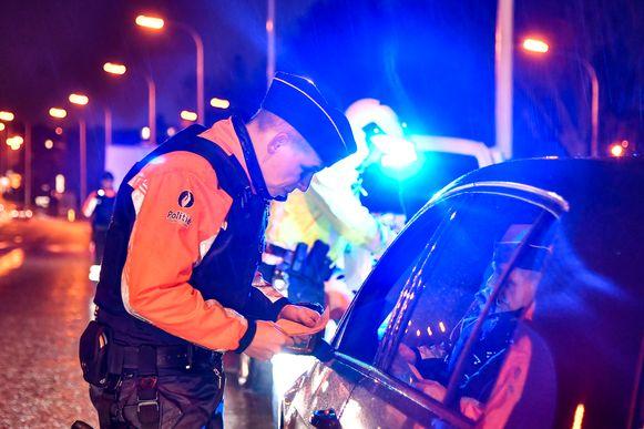 De politie controleerde 944 bestuurders.