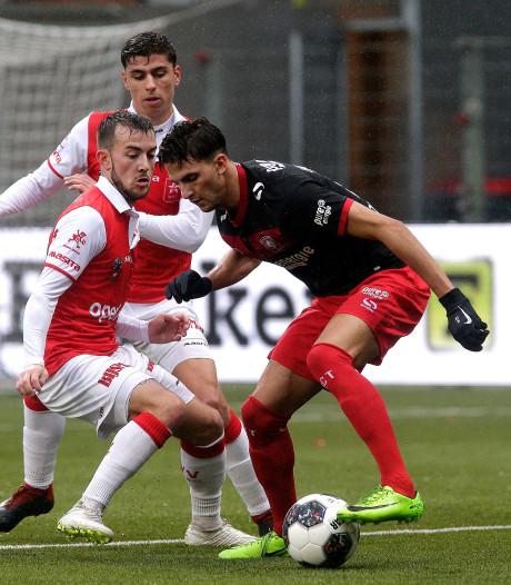 FC Twente haalt de winst vooral in de omschakeling
