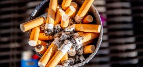 Je mag niet meer roken op station Nijmegen, maar niemand weet het