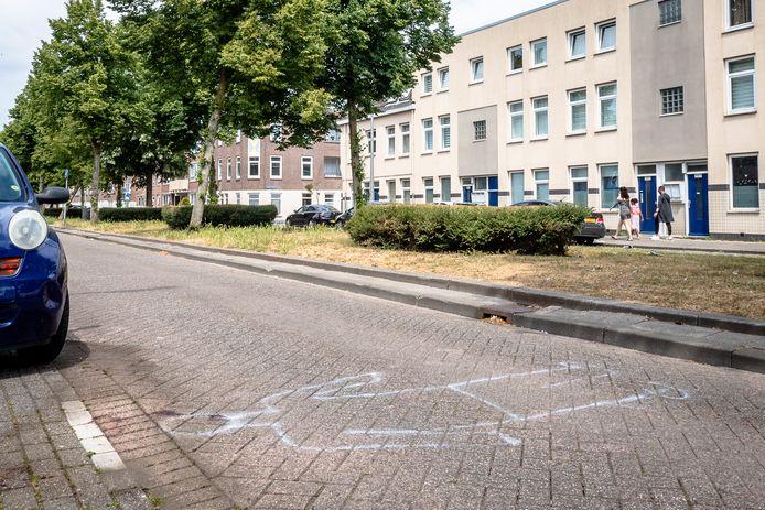 De Rotterdamse politieke heeft grote zorgen over de verkeersveiligheid in de stad. Hier op de Carnisselaan kwam eerder dit jaar een fietsende man om het leven toen een automobilist hem aanreed.