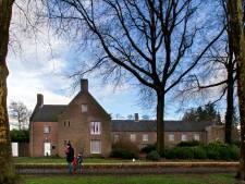 Woningen in en achter Fraterhuis Reusel