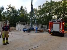 Gewonde werknemer maakt het 'naar omstandigheden goed' na val in bassin in Apeldoorn