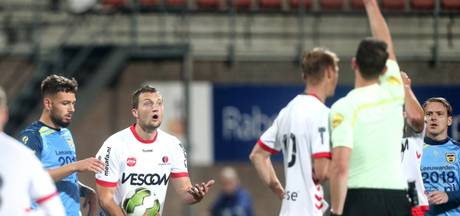 Helmond Sport-middenvelder Steven Edwards twee duels geschorst