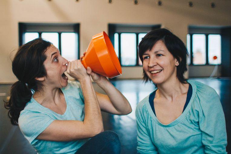 Lies Cuyvers (rechts) begon haar danscarrière bij Danscentrum Aike Raes in Heverlee.