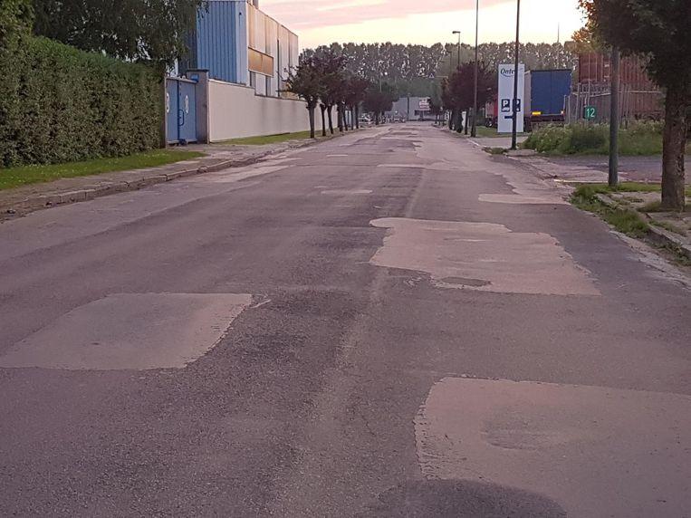 De Korte Moeie is vandaag een lappendeken en een hobbelig parcours. Ook die straat wordt heraangelegd.