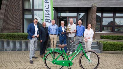 Zesde etappe Binck Bank Wielerronde start in Riemst