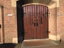 'Fuck God': kerken Westervoort met graffiti bespoten