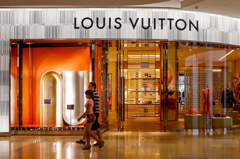 Een shoppingmall in Singapore. Beeld anp