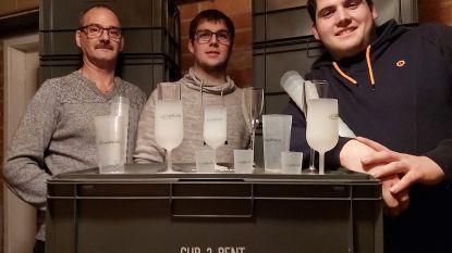 """Nijlenaars starten bekerverhuurbedrijfje Cup2Rent: """"Er liggen 35.000 bekers in onze garage"""""""