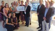 Bewoners wzc Sint-Carolus aan de slag met BelevenisTafel dankzij Lions Pajottenland